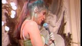 Fabiana Cantilo - Nada Es Para Siempre (DVD Musica En El Salon Blanco 2003)