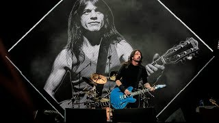 Foo Fighters - Let There Be Rock (CORONA CAPITAL 2017) 1080p