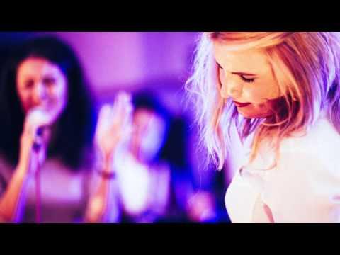 Heaven (Emeli Sandé) Cover von Cherilyn und Melissa (Gesang) und Resi (Gitarre)