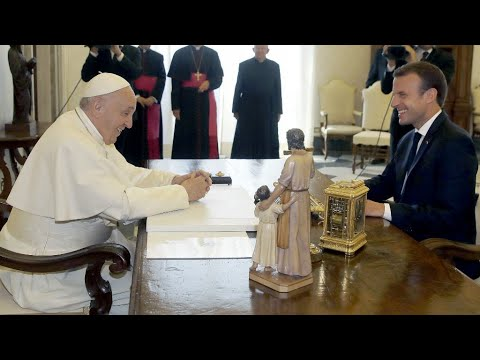 Macron's Pope visit sparks debate on France's church-state separation