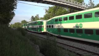 GO Train 211 with a Thomas the Tank Engine Painted Coach!