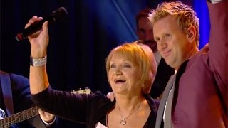 Philomena Begley & Mike Denver - Blanket on the Ground | The Late Late Show | RTÉ One