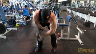 MUTANT in a MINUTE - Hanging Hammer Curls with Big Ron Partlow