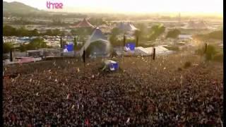 God is a DJ - Faithless in Glastonbury 2010.