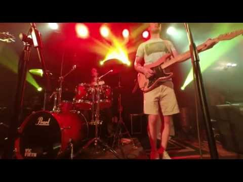 """""""Ear Shot"""" by Groovekid (live on 07/26/14 at The Honest Pint)"""