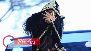 Gambar cover Fitri Carlina - Sandiworomu Luar Biasa ft. RPH (Official Music Video NAGASWARA) #music