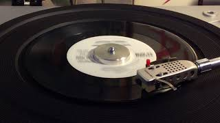 Charly McClain - Who's Cheatin' Who ((PROMO)) 1980