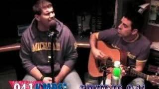 """KMPS Studio 941 Presents Josh Gracin """"Let Me Fall"""