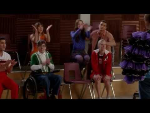 Glee 4.17 (Clip 'Full Performace - Copacabana')