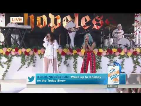 Halsey ft. Lauren Jauregui – Strangers (Live on Today Show)