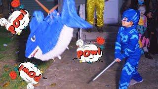 Piñata En Fiesta De Halloween S3:E182