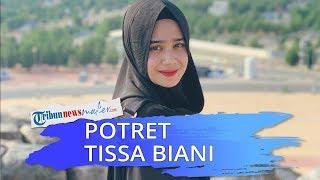 Jadi Pemeran Nur di 'KKN di Desa Penari', Inilah 5 Potret Cantik Tissa Biani Pakai Hijab
