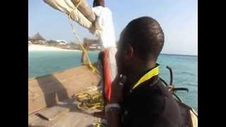 preview picture of video 'ZANZIBAR 2012: IN DHOW CON ANDRIANO CELENTANO'