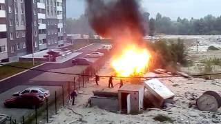 Пожар на Троещине и тушение пожарными 09.06.2016 в 21 час