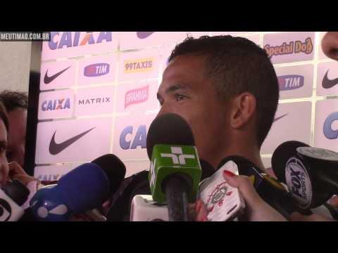 Confiante, Luciano fala sobre artilharia no Pan e exibe medalha