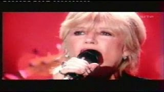 "Marianne Faithfull ""Kissing time"" live.wmv"