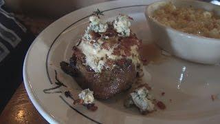 Saltgrass Steakhouse Bleu Cheese Bacon Wrapped Filet Mignon Review - WE Shorts