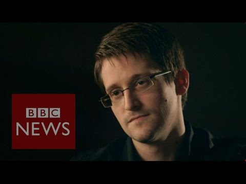 Edward Snowden: 'Smartphones can be taken over'
