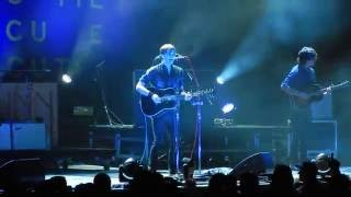 Ben Gibbard of Death Cab for Cutie storms off stage in Charleston, SC