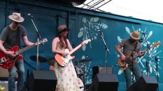 Angela Perley & The Howlin' Moons at 2016 Nelsonville Music Festival