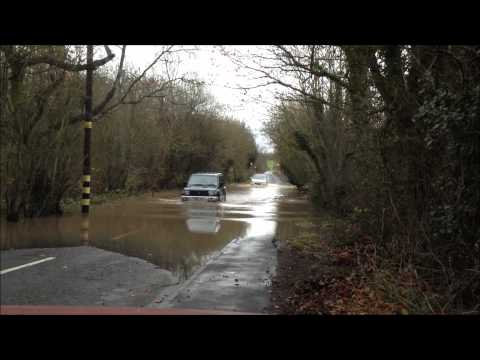 How To Drive In Deep Floods