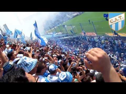 """""""Hinchada de Atletico Tucuman la inimitable"""" Barra: La Inimitable • Club: Atlético Tucumán"""
