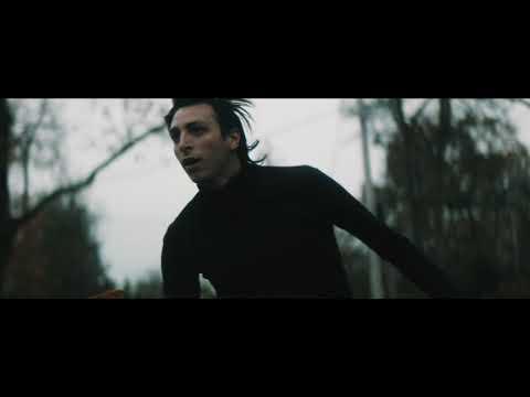 "Elliot Moss - ""Silver + Gold"" (Official Video)"