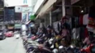 preview picture of video 'Bangkok Shopping at Baiyoke - Bangkok Clothing Markets at Pratunam'