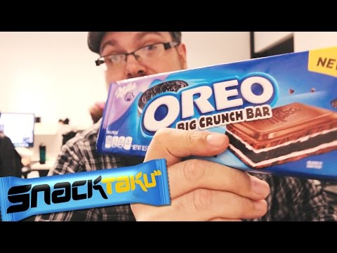 Snacktaku Eats Oreo Candy Bars With Friends