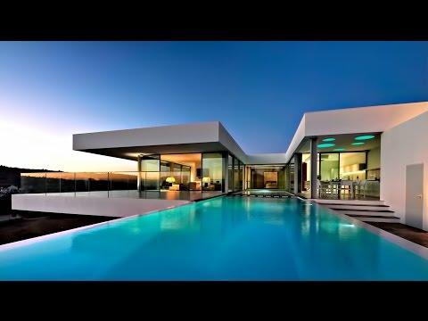Stylish, Luxury and Minimalistically Modern Residence in Praia da Luz, Algarve, Portugal