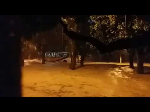Avenida Astolfo Dutra inundada