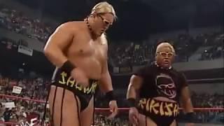 Rikishi & Showkishi vs Edge & Christian (Tag Team Championship) - Raw 05/01/00