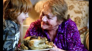 Как вкусно приготовить курицу в духовке целиком  - Мой Секрет