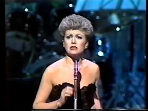 Elaine Paige & Andrew Lloyd-Webber - Memory -1981 Royal Variety