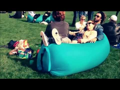 Lamzac inflatable sofa by Fatboy - share the air!