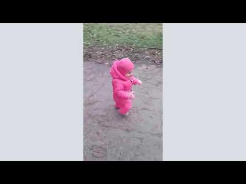 Ева провожает осень / Eva sees off autumn