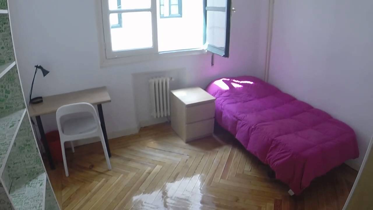 Furnished room with heating in shared apartment, Puerta del Sol