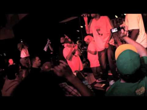 Awall Aka 2piece LIve @Hell's Kitchen, Nappy Roots Show 9-16-11 Part 3