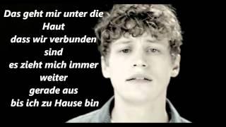 Tim Bendzko - Unter die Haut ft Cassandra Steen ( Official Lyrics High Quality Mp3 )
