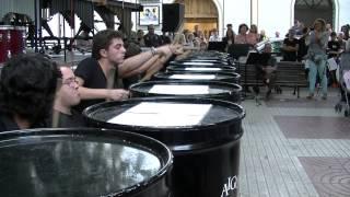 preview picture of video 'Stinkin' Garbage (Feria Libro Requena)-Grupo Percu. Cons.Requena'