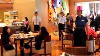 Radisson Blu Cebu Feria Restaurant  Uptown Funk Flash Mob Dance