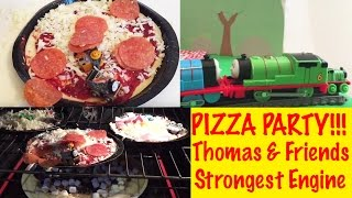Pizza Party Time! World's Strongest Engine With Thomas & Friends Trackmaster And Minis!