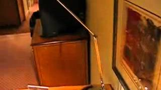 preview picture of video 'HOTEL HILTON ROISSY CHARLES DE GAULLE 2003/2004'
