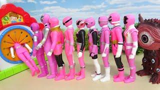 Pink Power Rangers Super Hero Run away from Ultra Monster GanQ