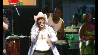 Wyre performing Mwanake with JB Maina at KENYA LIVE Machakos Concert