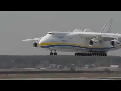O maior Avião de  Passageiro - Do MUNDO -...