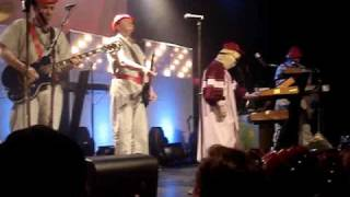 Devo - Beautiful World (Live)