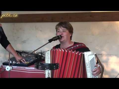 Taneční zábava s Piňakoládou v Kvasejovicích