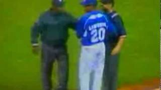 Jose Offerman Punches ump!  Full Video