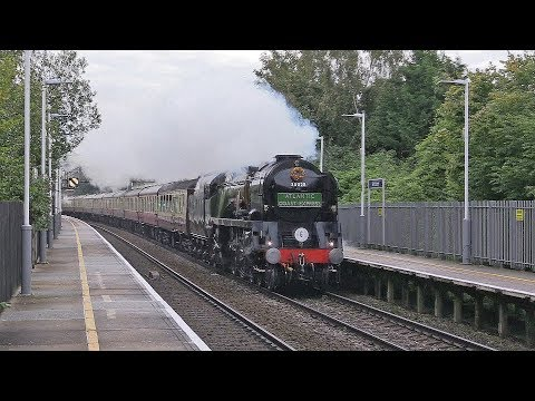 35028 'Clan Line' powers through Whitchurch & Wilton with 'T…